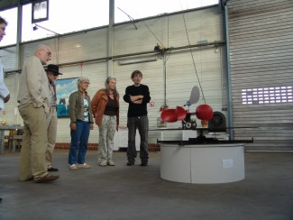 visitors with windkinetic object Sysiphos by Bernward Frank (right)